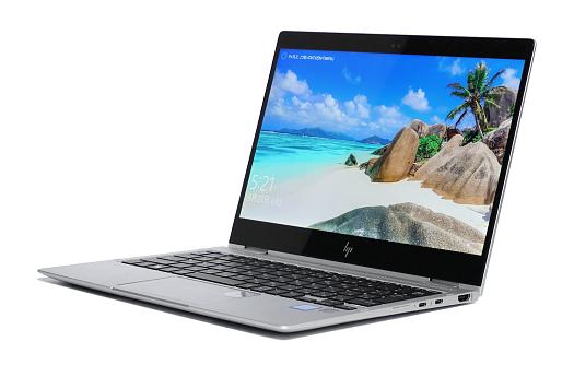 HP EliteBook x360 1020 G2_0G1A0286_01a