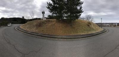 道路によって分断された郭の一部か