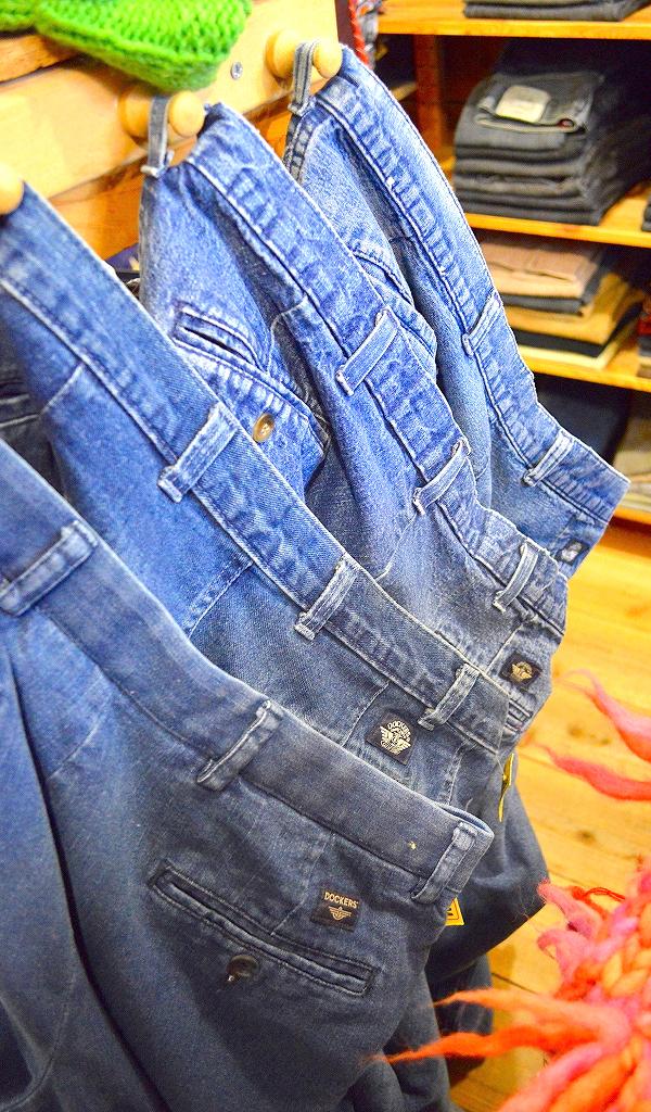 古着屋カチカチ店内画像Tokyo Japan Used Clothing Shop01