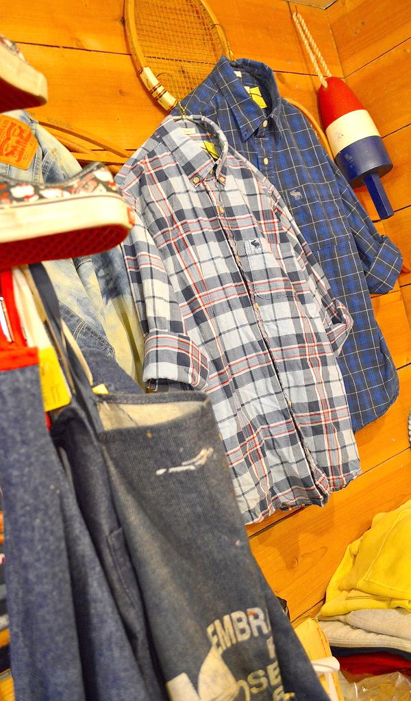 古着屋カチカチ店内画像Tokyo Japan Used Clothing Shop02