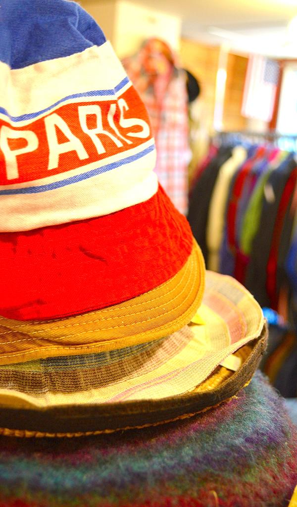 古着屋カチカチ店内画像Tokyo Japan Used Clothing Shop010