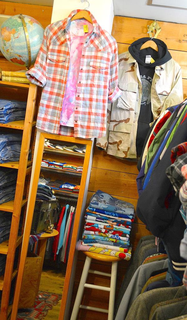 古着屋カチカチ店内画像Tokyo Japan Used Clothing Shop011