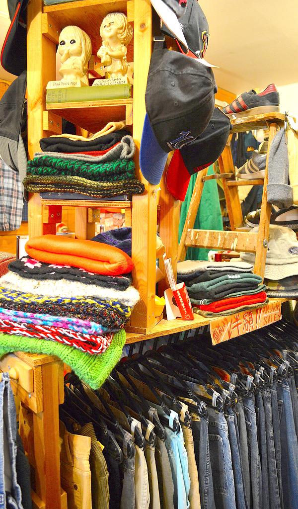 古着屋カチカチ店内画像Tokyo Japan Used Clothing Shop014