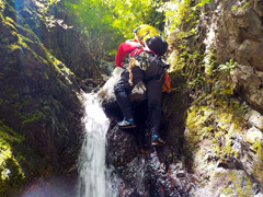 027 2mCSの滝を超える