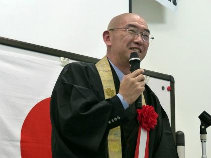 講演する吉田正裕氏