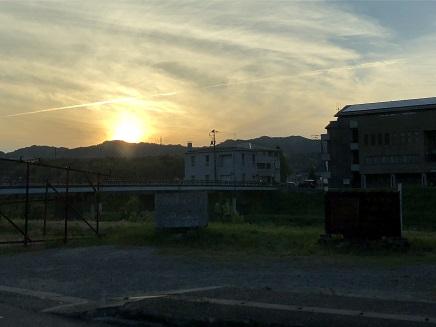 5212018 夕陽が沈むS