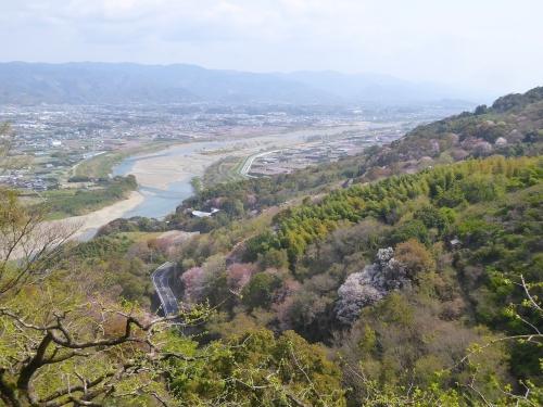春の紀ノ川2018-01