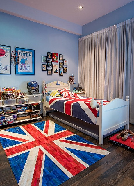 Union-Jack-Cowhide-rug-from-The-Cinnamon-Room-steals-the-show-here.jpg
