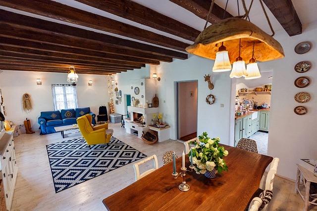 architecture-traditional-interior.jpg