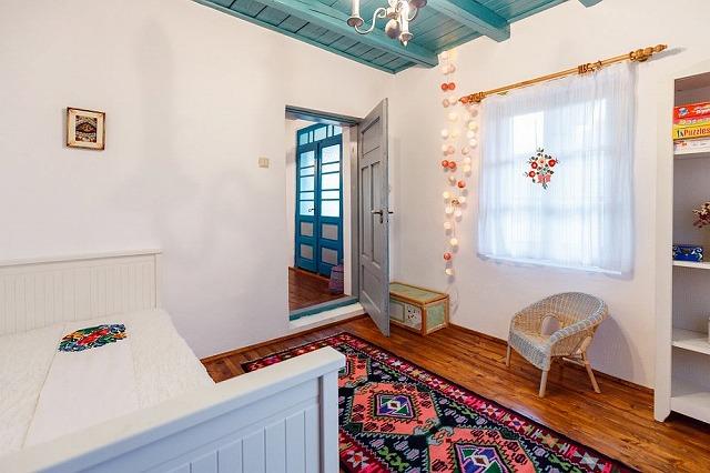 traditional-interior-5.jpg
