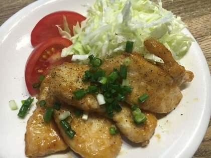 鶏胸肉の甘辛ニンニク醤油