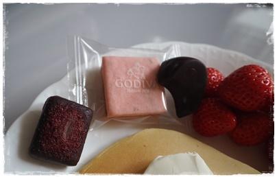 ゴディバのチョコとパンケーキ2