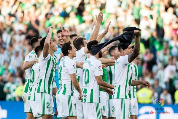 17-18_J37_Betis-Sevilla02s.jpg