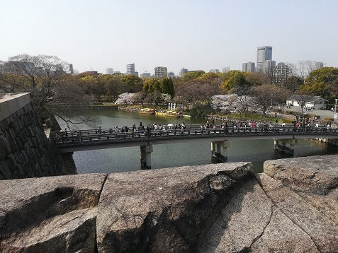10 大阪城