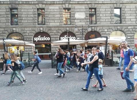 2 ミラノの若者