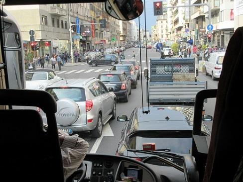 1 ミラノ市内・バスからの車窓