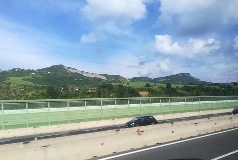 21 アペニン山脈へさしかかる