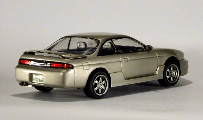 Car00081_02.jpg