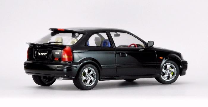 Car00082_02.jpg