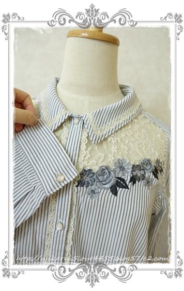 0414刺繍デザインシャツブラウス(紺)袖