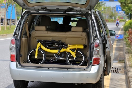 DAHON NuWave in trunk-min