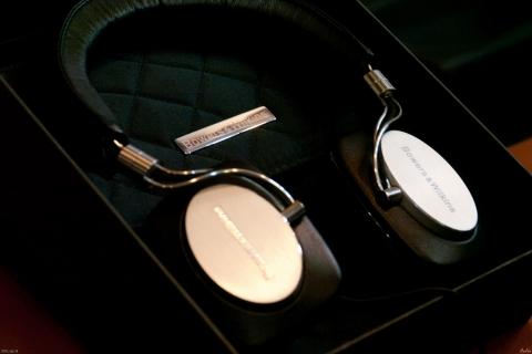 耳機 B&W P5