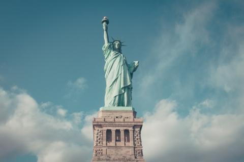 自由の象徴 自由の女神