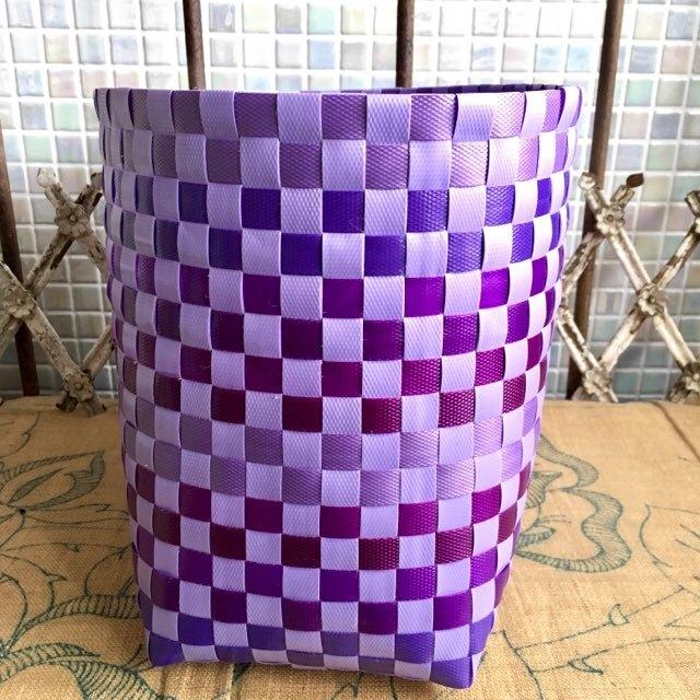 紫系の手芸用PPバンドで作るプラカゴ
