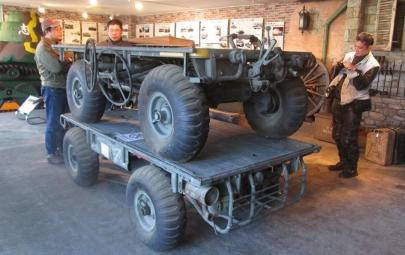 M274A5メカニカル・ミュールM274トラック(M274 Truck.Platform, Utility, 1/2 Ton, 4X4)Mechanical Mule小型輸送車John Deere Gatorドラゴンモデルズ1/35「M274ミュール106mm無反動砲MGun Mule61式特殊運搬車㈱カマド博物館社長の小部屋ケッテンクラート九五式軽戦車御殿場