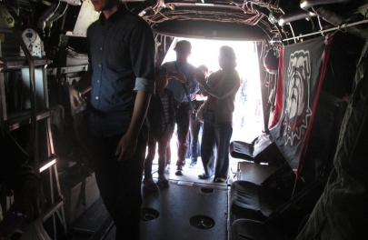 MV-22オスプレイ荷室カーゴベイBell Boeing V-22 Ospreyキャンプ富士フライトラインフェスティバル2018在日米軍2018 Camp Fuji Flightline Festivalフレンドシップ・フェスティバル2静岡県御殿場創価学会静岡葵文化会館米軍海兵隊U.S. Forces Japan USFJ陸上自衛隊東富士演習場富士学校富士駐屯地滝ヶ原板妻駒門北富士