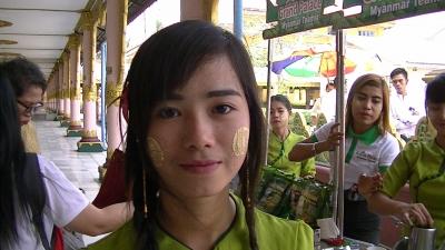 ヤンゴン 涅槃像にて5