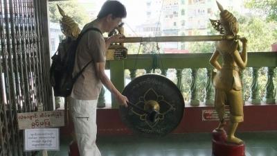 ヤンゴン 涅槃像にて15