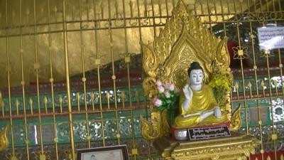 ヤンゴン 涅槃像にて21 (6)