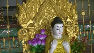 ヤンゴン 涅槃像にて21 (3)