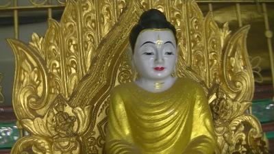 ヤンゴン 涅槃像にて21 (4)