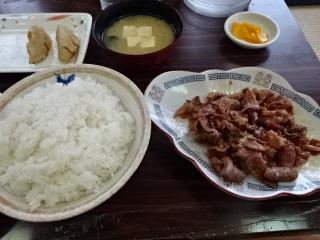 レストラン倉井 ホルモン定食
