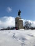 ロシア兵mの像
