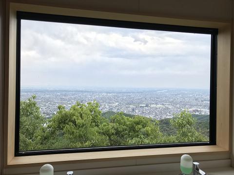 1370-山頂トイレからの眺め