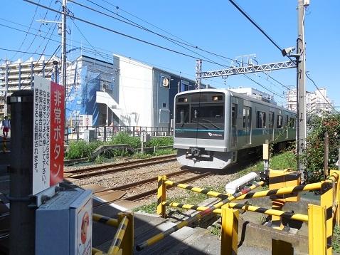 小田急江ノ島線の中央林間3号踏切@大和市f