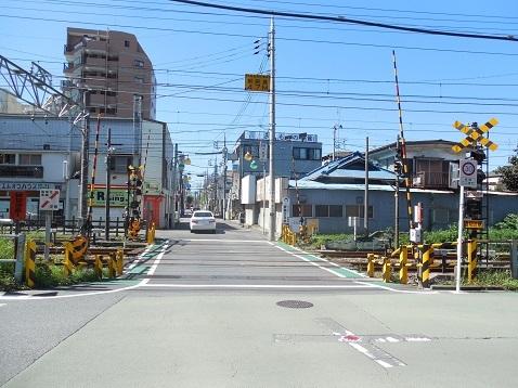 小田急江ノ島線の中央林間5号踏切@大和市a