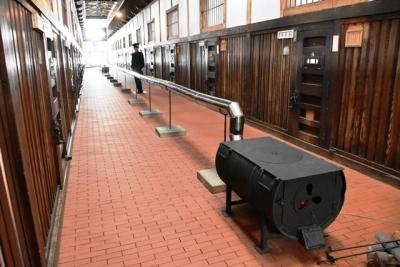 舎房内の暖房設備 網走監獄