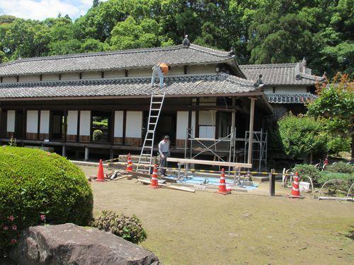 IMG_7754豫章館修理中(角柱、屋根