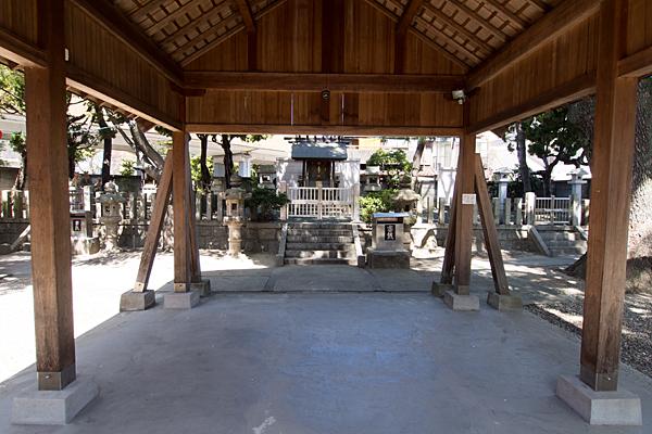 豊2伝馬神明社拝殿から本社