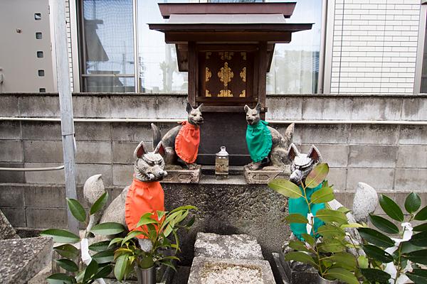 松水神社稲荷社の社