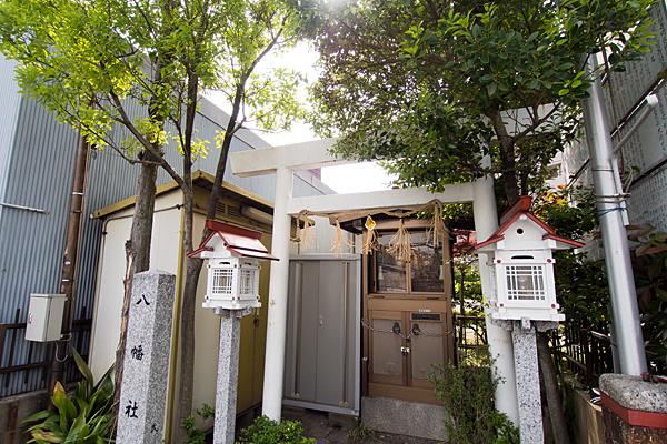 笠取町八幡社入り口から全景