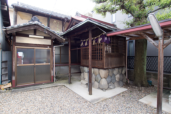 笠取町天王社境内の風景
