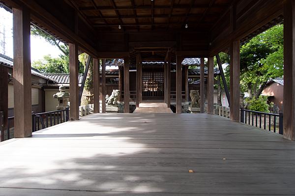 上堀越白山社拝殿内