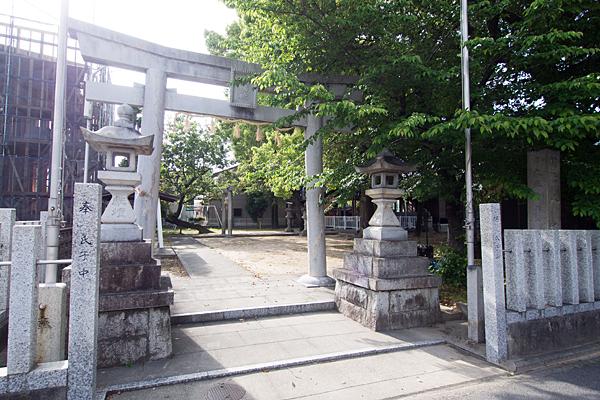 新福寺八幡社