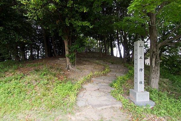 吉根神明社山之神社入り口