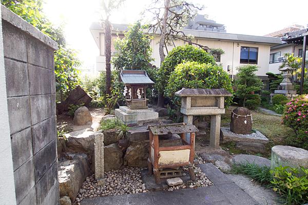 三喜神社境内社